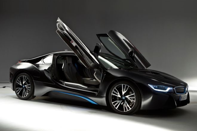 2014-bmw-i8-right-side-view-doors-open